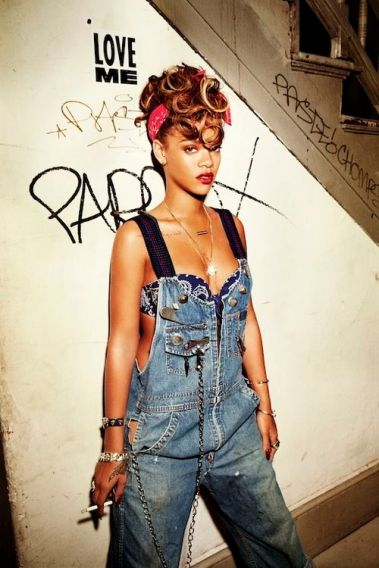 739295468362cd6924978ff4c27f4876--rihanna-fashion-rihanna-outfits