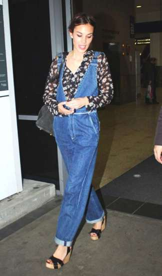 Trend-Posting-Dungarees-Overalls...-All-Over-Alexa-Chung