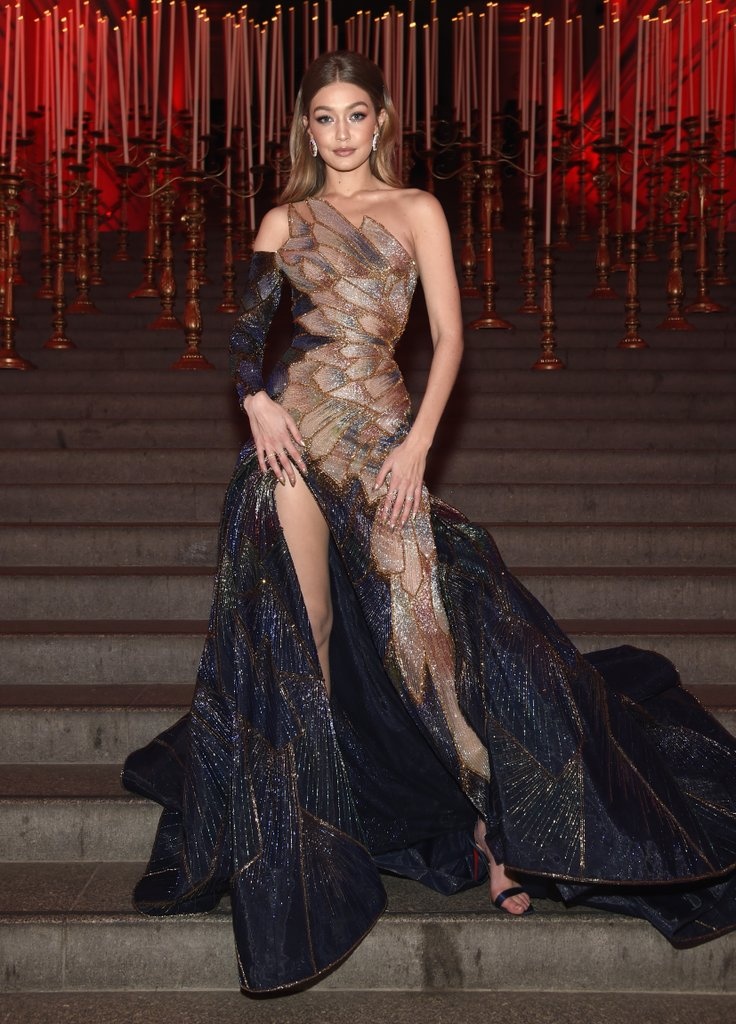 Gigi-Hadid-Versace-2018-Met-Gala