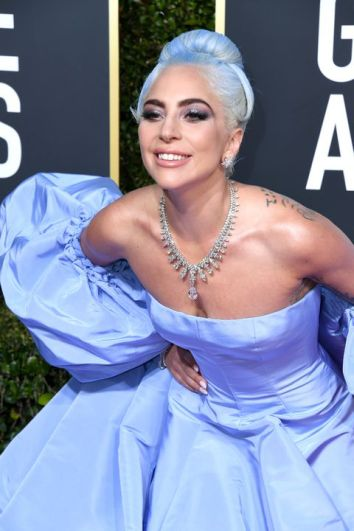 lady-gaga-golden-globes-3-1546821805